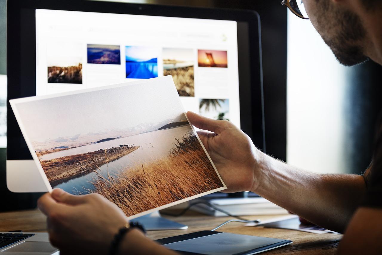 グラフィックデザイナーの魅力とメリット・デメリット
